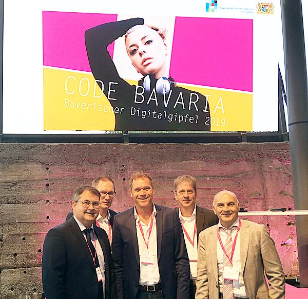 Mitglieder der IFI Gruppe auf dem bayerischen Digitalgipfel 2019 in München