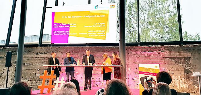 Vortrag zum Thema KI (Künstliche Intelligenz) auf dem bayerischen Digitalgipfel 2019 in München